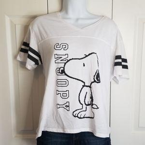 Peanuts Snoopy Hi Lo V-Neck Stripe Sleeve Tee